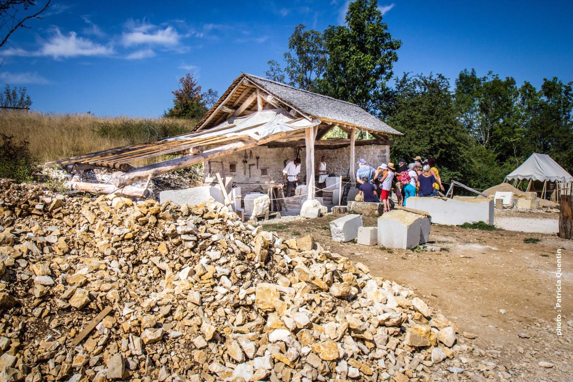 Visite du chantier médiéval de Montcornelles